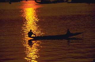 Sunset on sampan