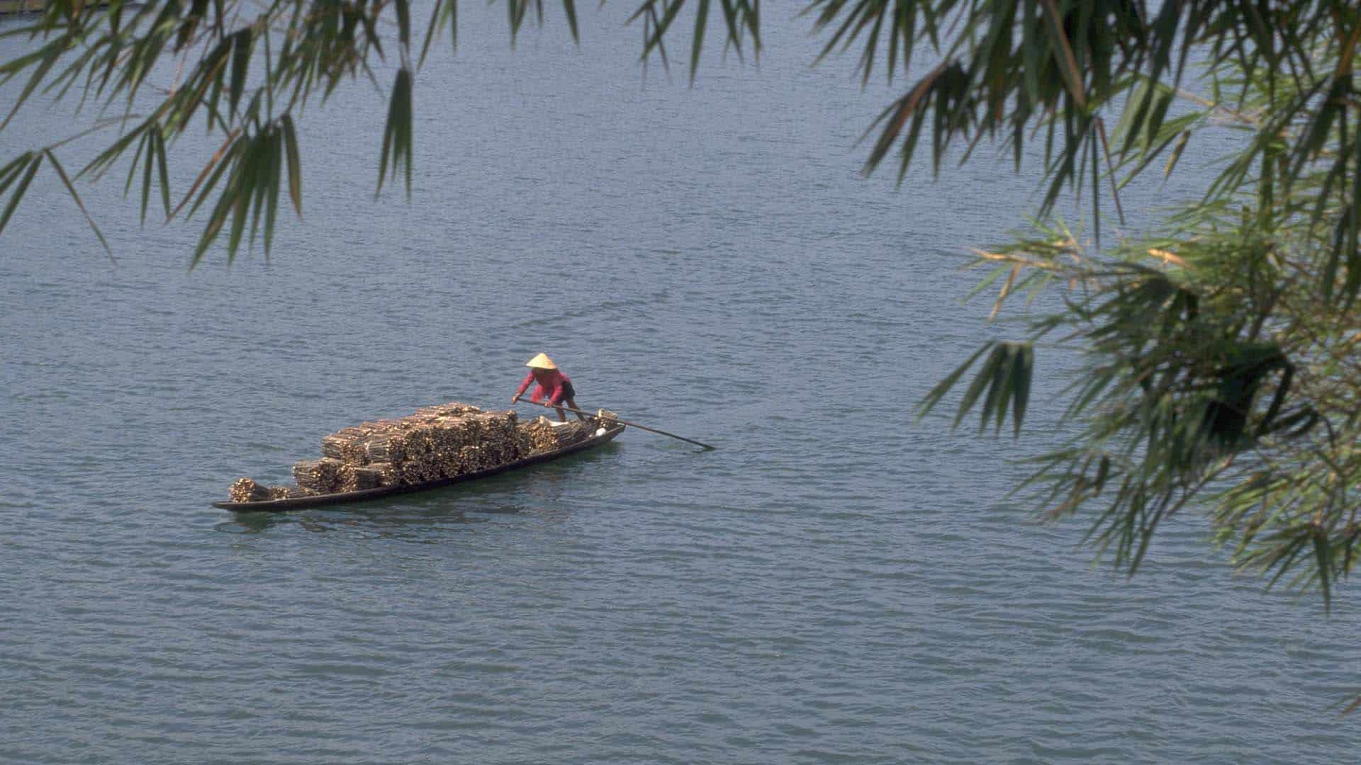 Sampan Perfume River Hue